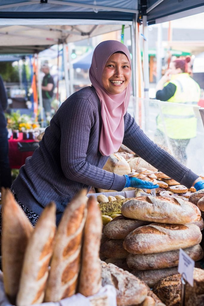 farmgate-market-bread-stall
