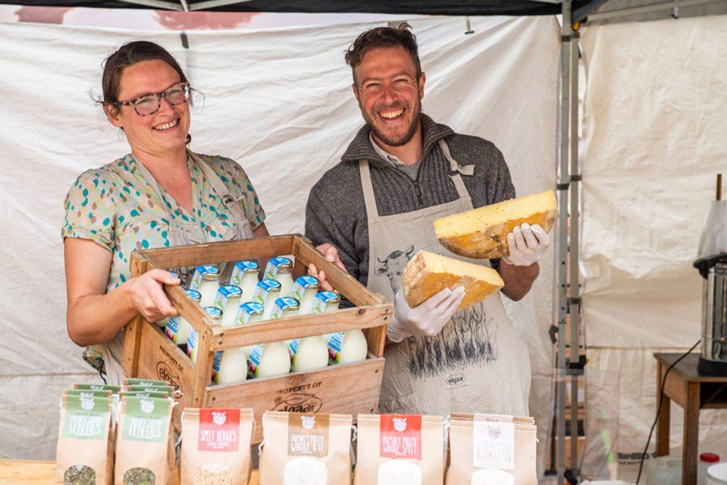 farmgate-market-cheese-stall