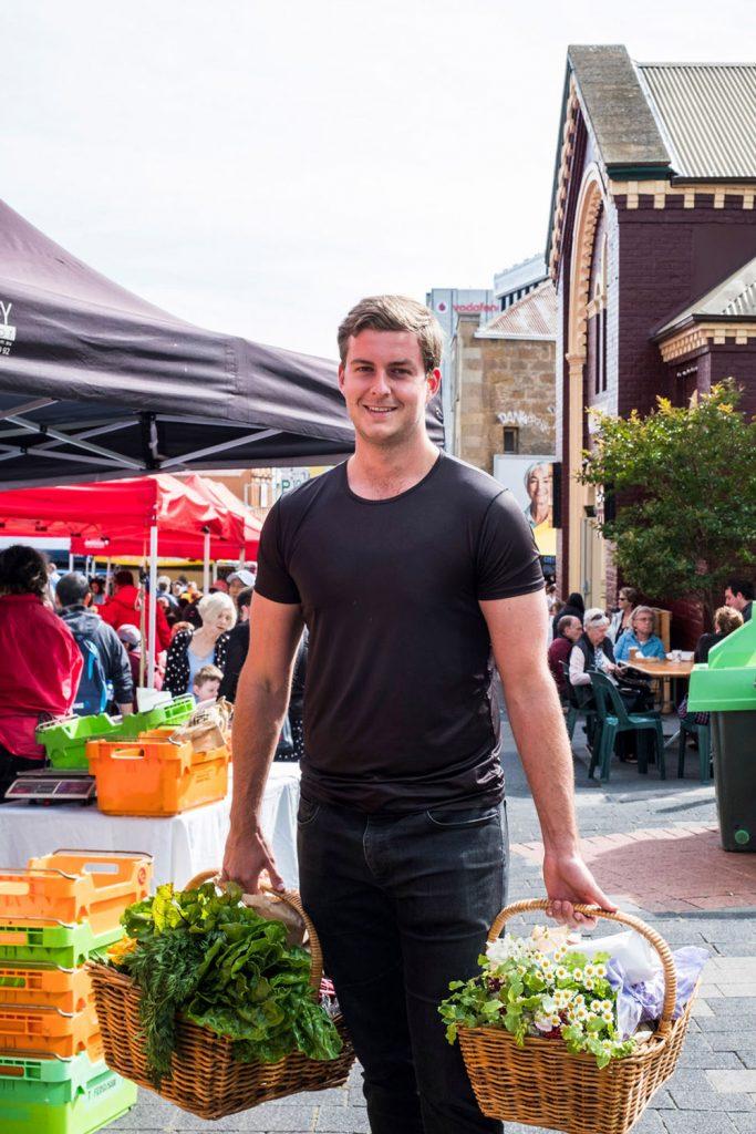 farmgate-market-shopper
